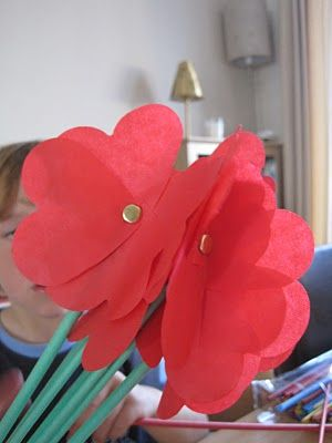 Source: http://www.muminthemadhouse.com/2010/07/12/childrens-craft-showcase-how-to-make-paper-flowers/